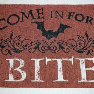 """Come in for a Bite"" Halloween Placemats set of 4"